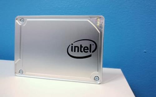 Intel lança SSD 545s com tecnologia 3D NAND de 64 camadas