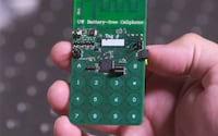 Pesquisadores desenvolvem celular que não precisa de bateria