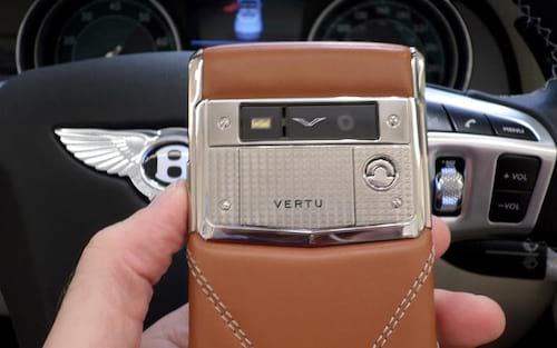 Fábrica de telefones de luxo Vertu vai fechar. Nem todo mundo tem 35 mil para pagar