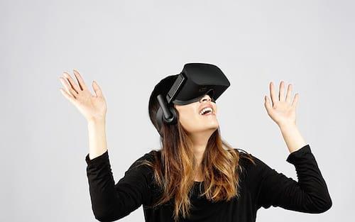 Facebook planeja lançar óculos de realidade virtual em 2018