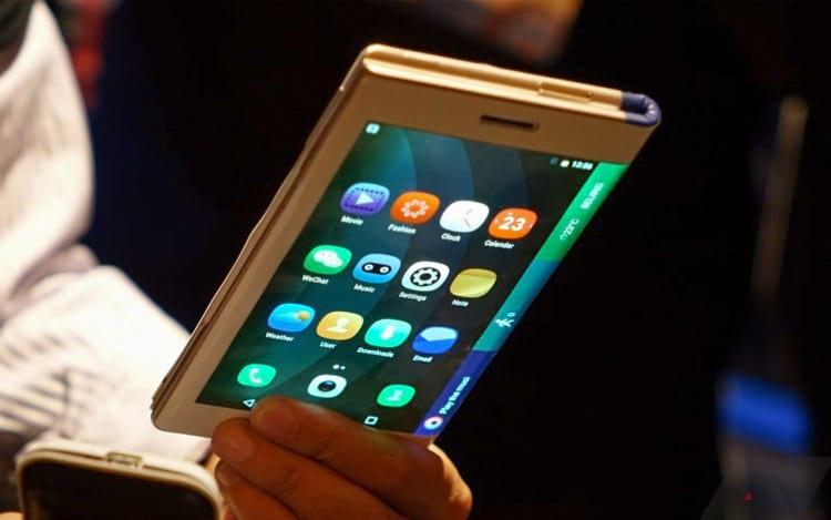 Um tablet dobrável que se transforma em um celular