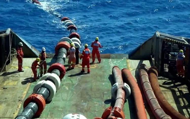 Cabo submarino de fibra óptica Angola-Brasil deverá entrar em funcionamento em 2018. FOTO: RTP/ARQ