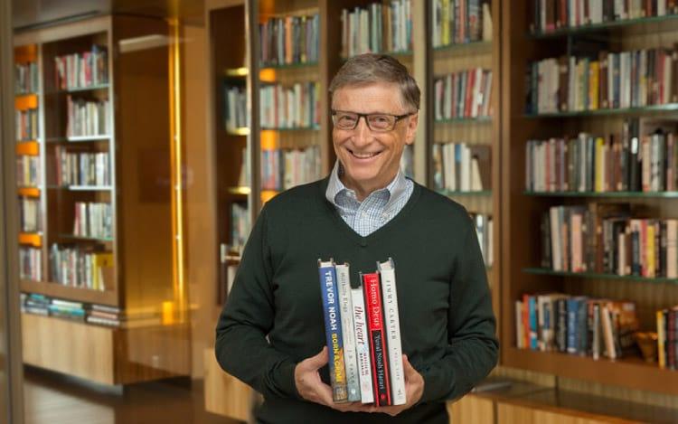Bill Gates permanece somente com 2% das ações da companhia