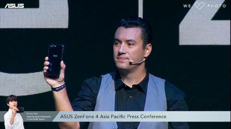 Marcel Campos na apresentação do Zenfone 4 e Zenfone 4 PRO