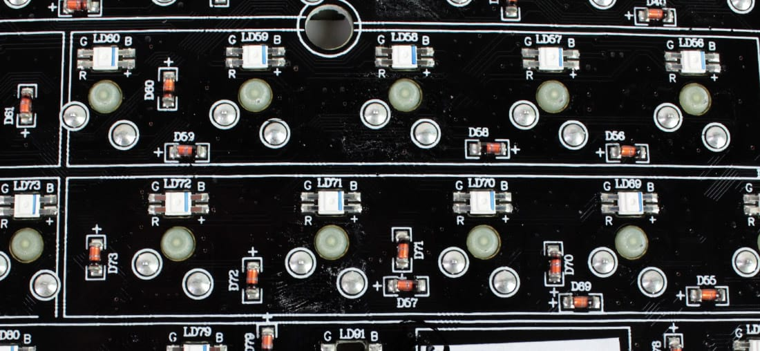 Traseira dos LEDs do MasterKeys Pro S