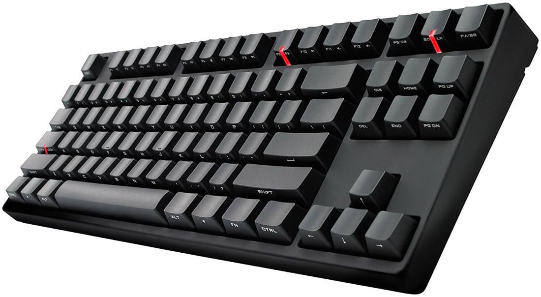 Cooler Master Quick Fire Stealth, um dos produtos que popularizaram os teclados TKL