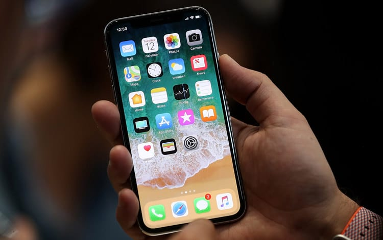Distribuição do iPhone X pode atrasar, indica analista