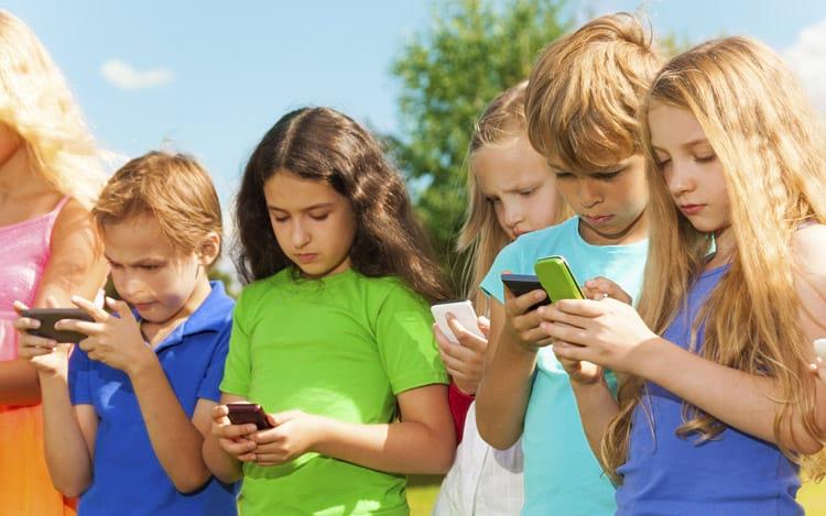 Tecnologia para crianças? Quando é hora de começar a lidar com aparelhos?