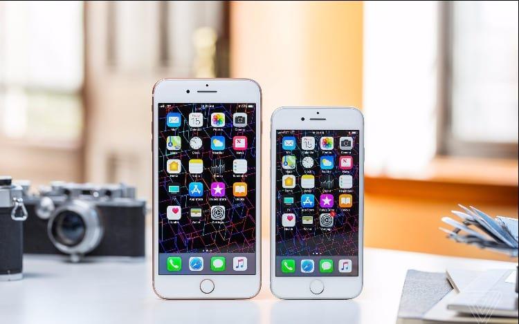 Tela do iPhone 8 descola e frustra usuários.