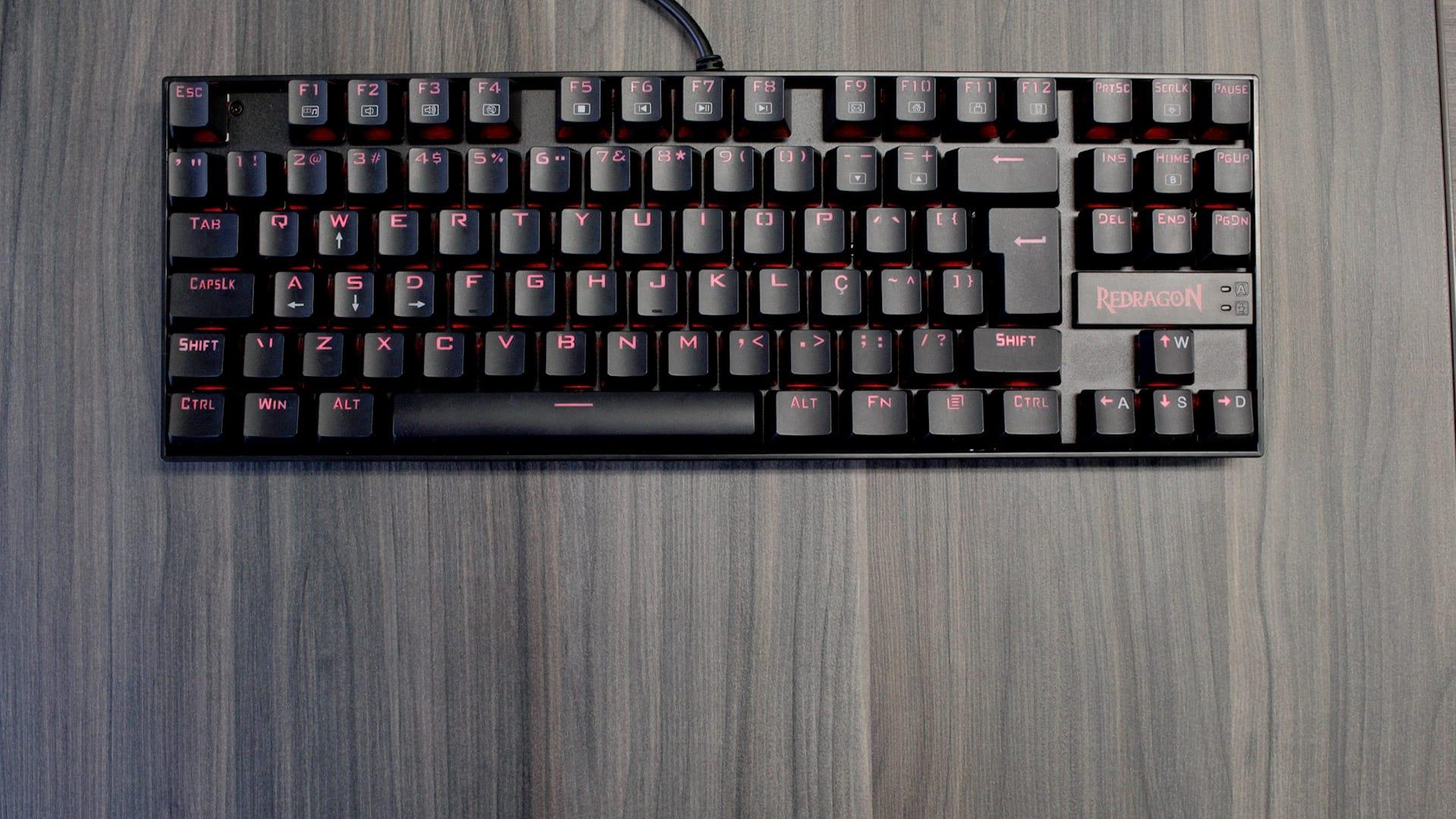 Review: Redragon Kumara ABNT, um teclado barato e muito bom