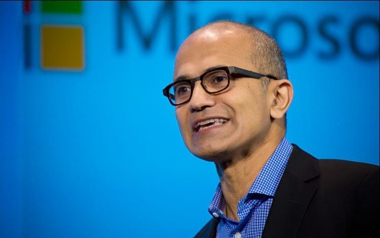 CEO da Microsoft diz que inteligência artificial irá criar mais empregos.