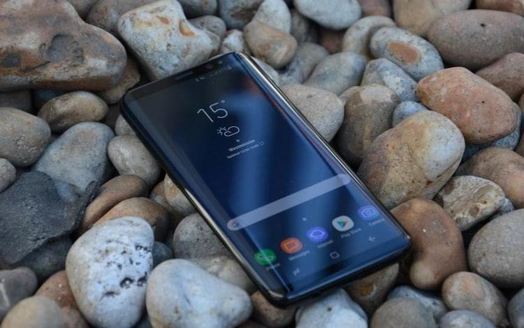 Em premiação, Galaxy S8 é escolhido o smartphone do ano.
