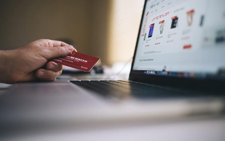 Estudo indica que pagamentos digitais devem superar a de cartões de créditos em 2019.