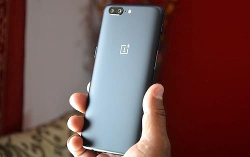 Vaza imagem do OnePlus 5T quase sem bordas