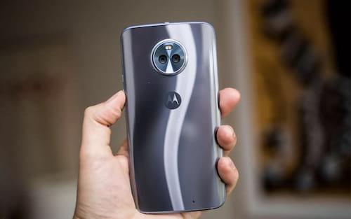 Motorola lança Moto X4 no Brasil por R$ 1.699