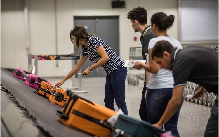 Para evitar explosões, EUA podem proibir notebooks em bagagens durante voos.
