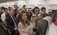 Samsung distribui Galaxy Note 8 de graça em avião