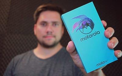 Unboxing Moto X4 - a volta do X a família Moto