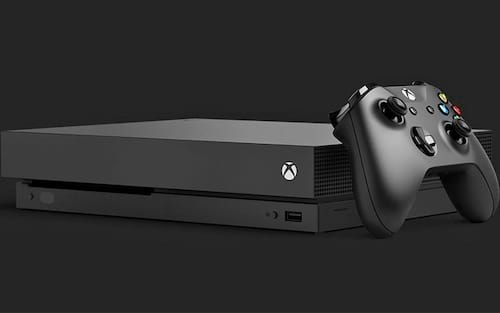 Xbox One X impressiona por ser compacto