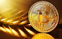 Recorde: Bitcoin passa a custar mais de R$ 21 mil