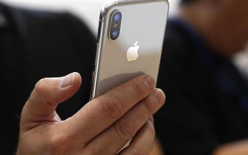 CEO da Apple se manifesta sobre demanda do iPhone X