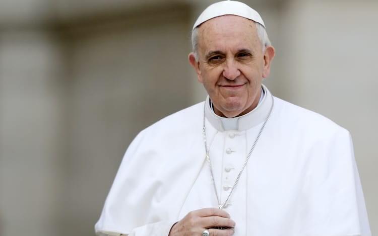 Papa solidário com população da Ucrânia — Vaticano