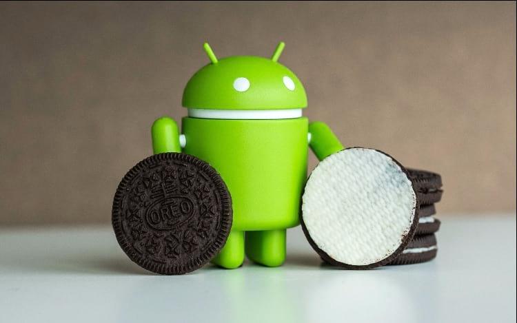 Android 8.0 Oreo ganha mais espaço, mesmo assim ainda é pouco visível.