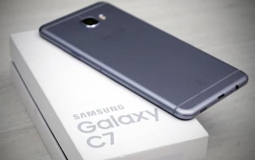 Samsung Galaxy C7 ganha atualização para Android Nougat