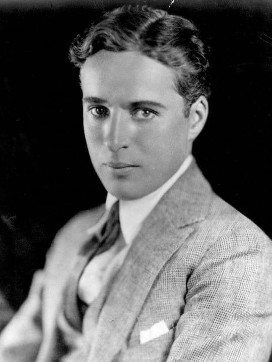 Charlie Chaplin enquanto jovem