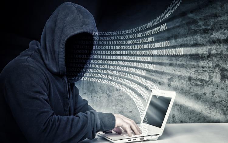 Criminosos usam falsos e-mails para desbloquear iPhones roubados.