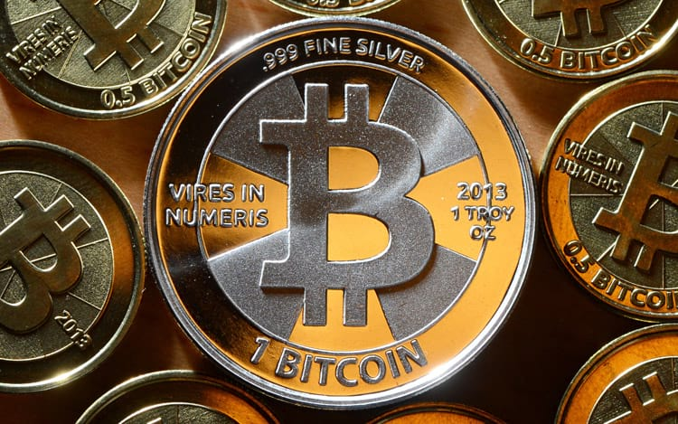 Bitcoins serão fabricados até 2040.