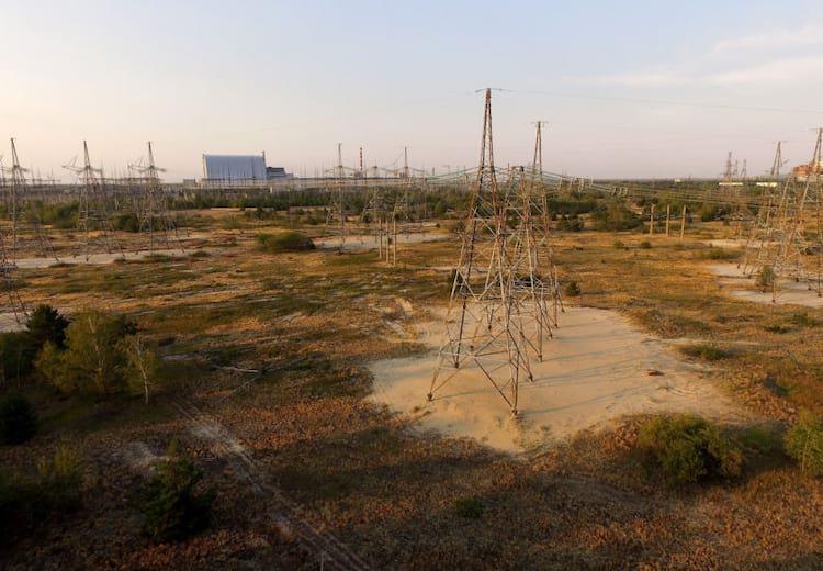 Redes de transmissão ociosas nos arredores de Chernobyl