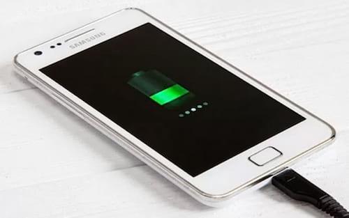 Samsung desenvolve bateria que consegue carregamento total em apenas 12 minutos