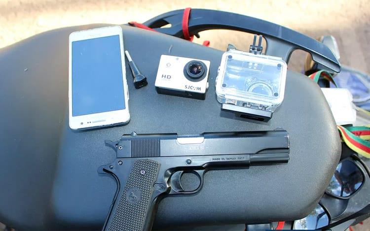 Uma pistola de brinquedo foi o motivo pelo qual a população da região chamou a PM