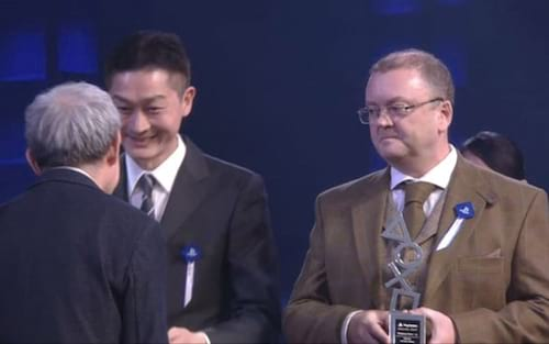 Microsoft recebe prêmio no PlayStation Awards 2017
