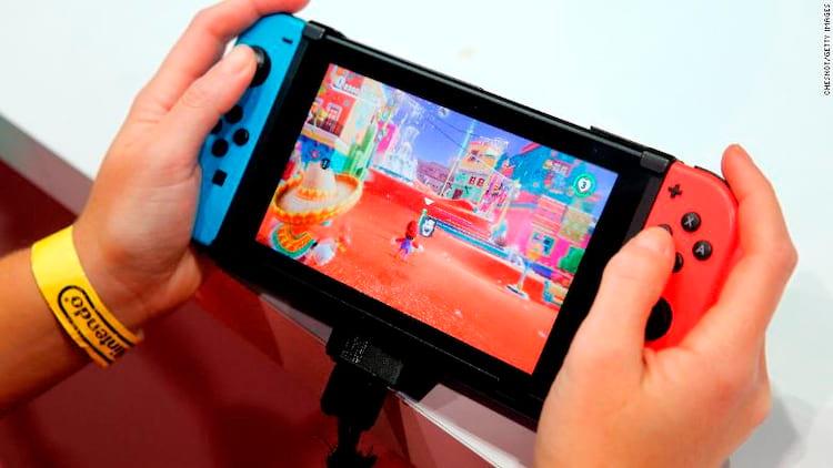 Switch sendo jogado no modo móvel