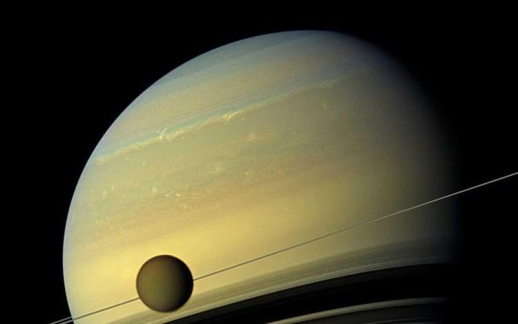 Titã, a lua de Saturno.
