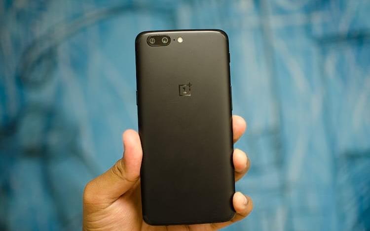 OnePlus 5 chega com desbloqueio facial