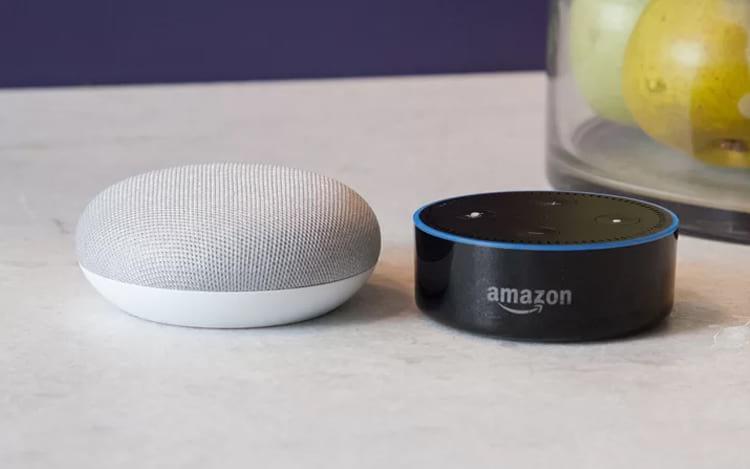 Amazon e Google baixam os preços de alto-falantes inteligentes e esquentam a disputa