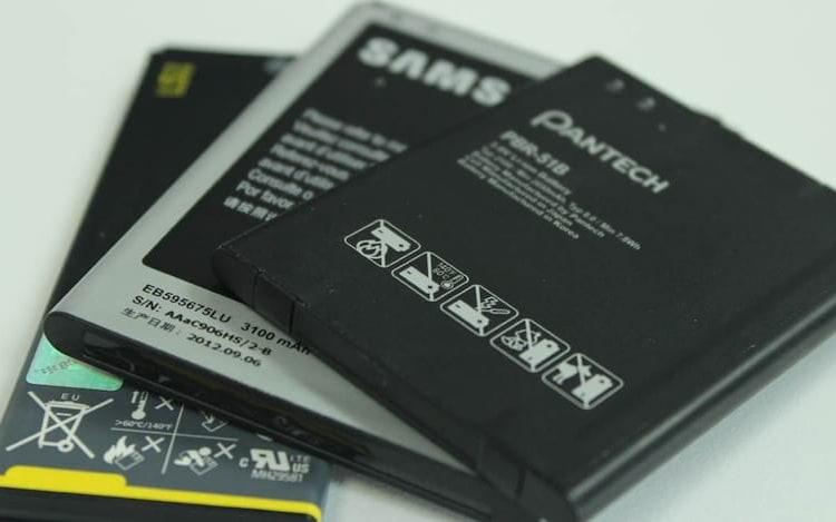 Pesquisador desenvolve dispositivo capaz de renovar baterias velhas.