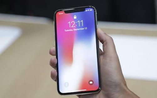 Apple corta pela metade produção do iPhone X pela baixa procura do aparelho