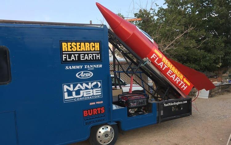 Lançamento do foguete caseiro com terraplanista falha novamente