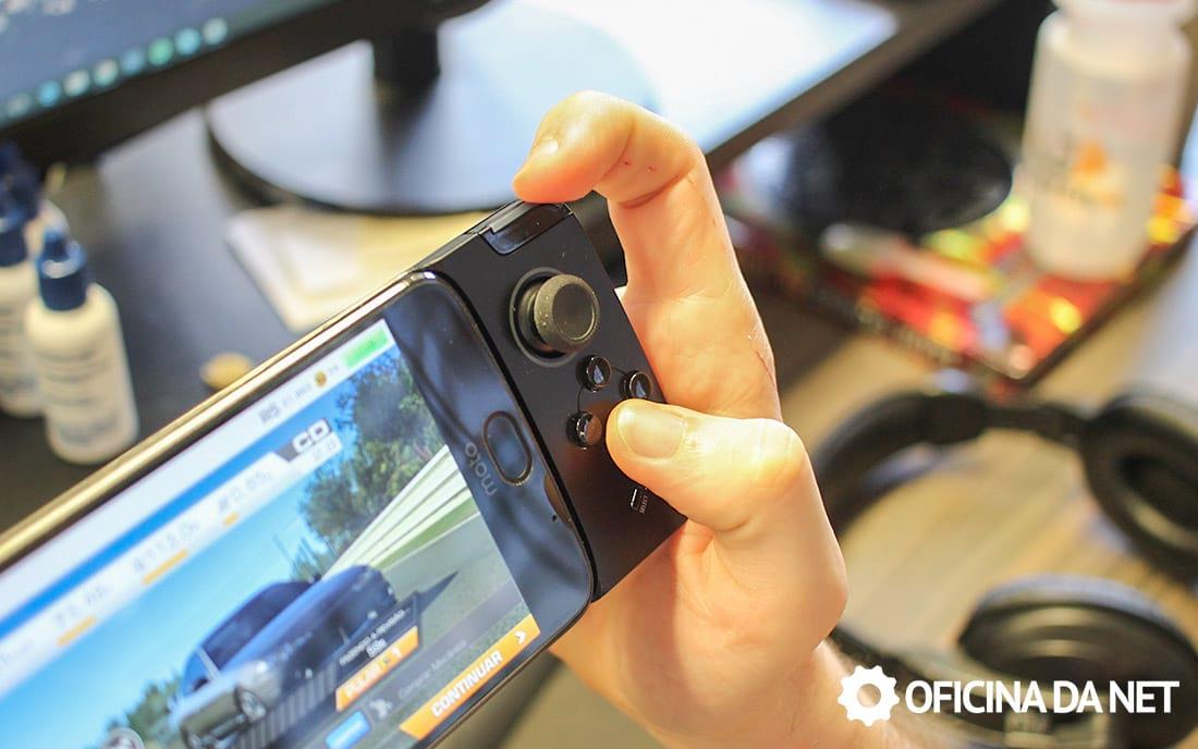 Moto Gamepad - posição desconfortável