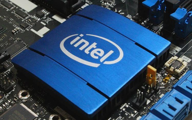 Intel continua trabalhando em conjunto com a indústria para solucionar brechas na segurança