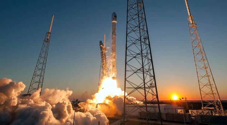 Falcon 9 irá fazer o transporte