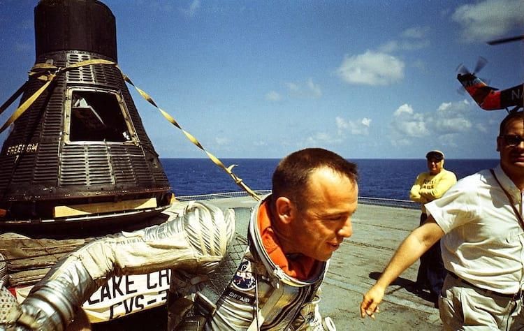 Alan Shepard após o seu histórico voo em 1961