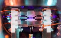 Foto de um átomo isolado vence prêmio de fotografia no Reino Unido