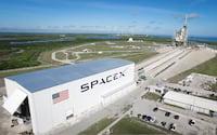 Brasil pode fazer acordo com XpaceX para enviar foguetes até 2021