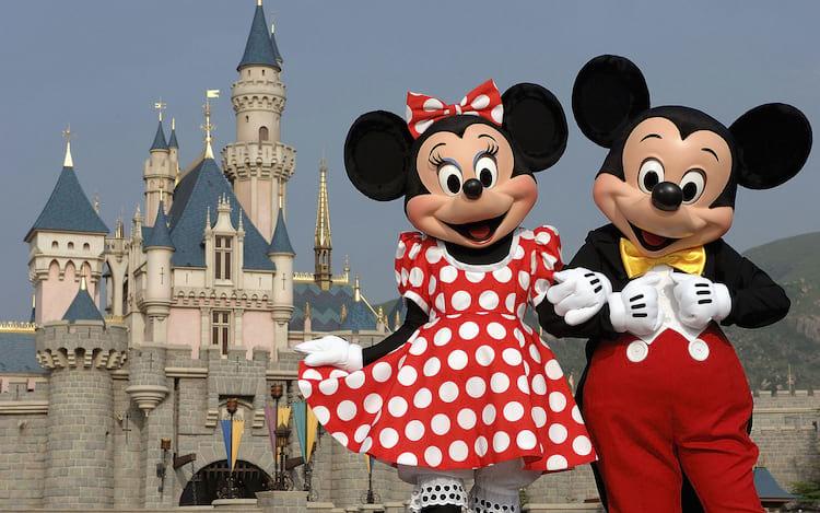 Google Street View passa a exibir parques da Disney.
