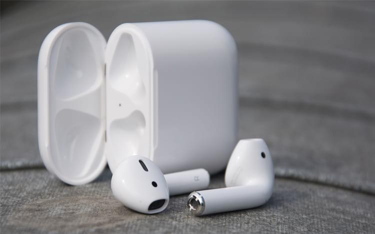 AirPads são sucesso no mercado. Novo fone de ouvido da Apple terá sistema sem fio semelhante, mas com melhor qualidade.
